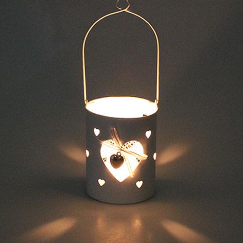 windlicht wei mit herz und henkel h10cm kaufen in schweiz. Black Bedroom Furniture Sets. Home Design Ideas
